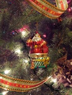 santa_ornament