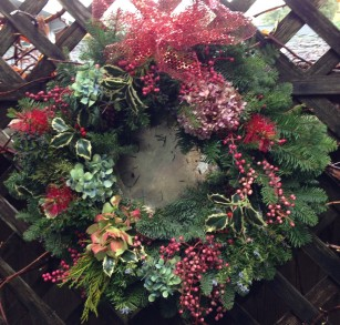 holiday wreath.2048